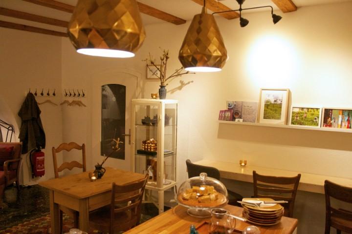 interior bar cosy